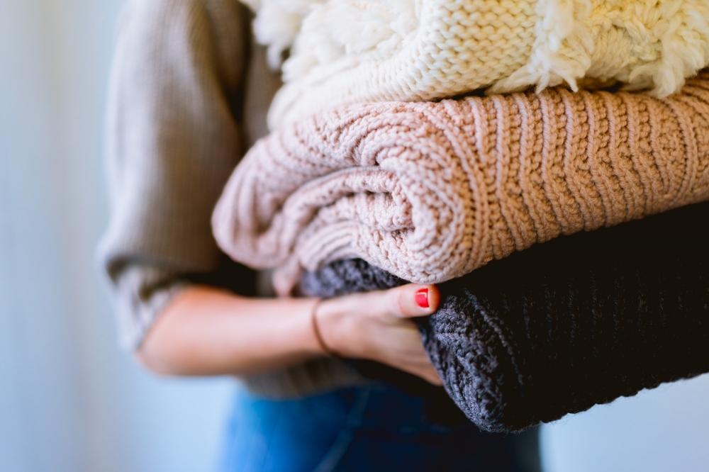 10 Cheaper Weighted Blanket Alternatives to the Gravity Blanket fc1dfbfa3