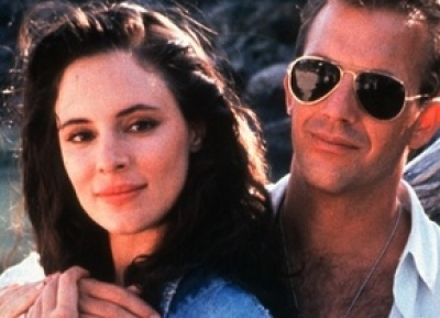 Kevin Costner and Madeleine Stowe in Revenge