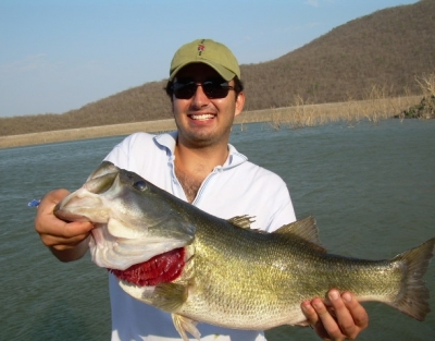 Best bass fishing lakes in north america for Best bass fishing lakes