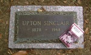 an analysis of the book of upton sinclair Based on the novel by upton sinclair, this is a video of a possible movie trailer for the book for those that don't know, the jungle talks about the life.