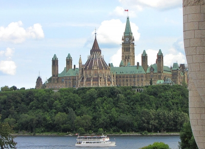 12 beautiful famous castles in canada. Black Bedroom Furniture Sets. Home Design Ideas