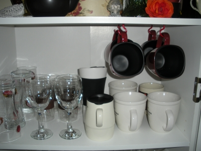 Cup hooks give extra space below
