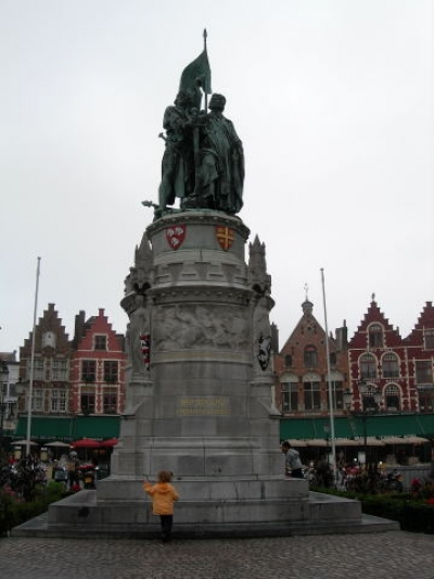 statue Jan Breydel and Pieter De Koninck Bruges