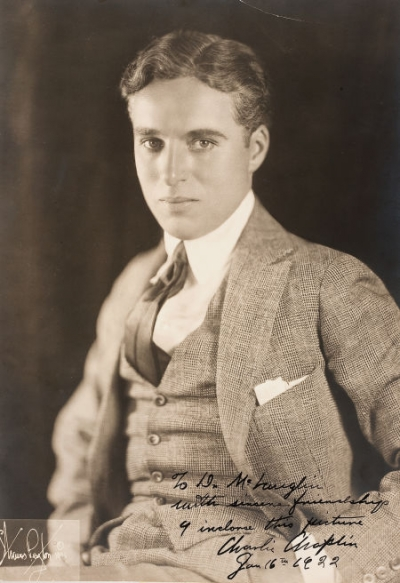charlie chaplin 1920 movies. Charlie Chaplin signed 1922