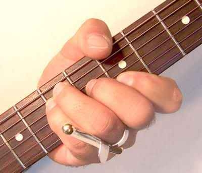 Thumb hurts when i play barre chords - Ultimate Guitar