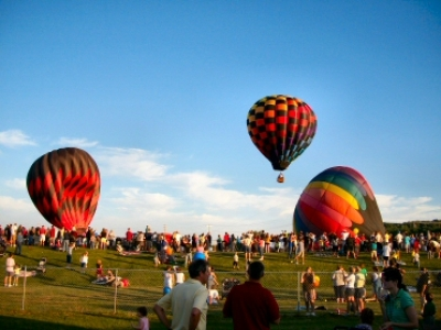more hot air balloons at the Great Wellsville Hot air Balloon Rally