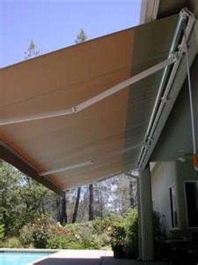 Backyard Awning Shade : Shading Options for Your Patio or Deck