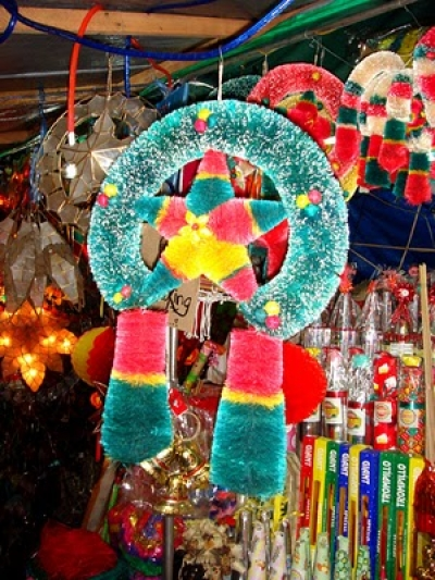 Christmas Parol: A Colorful And Traditional Christmas Symbol In ...